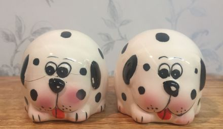 Dog Cruet Salt & Pepper Pots Shakers Cute Novelty Gift